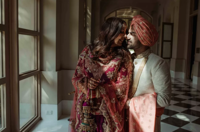 A Gorgeous Delhi Wedding With A Charming Couple